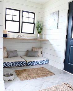 Top 60 Best Dog Room Ideas Canine Space Designs – Dog bedroom - New Ideas Built In Dog Bed, Dog Room Decor, Pet Decor, Dog Bedroom, Bedroom Ideas, Puppy Room, Dog Corner, Dog Spaces, Dog Furniture