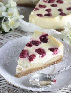 MAKOWA PANIENKA Z BRZOSKWINIAMI Cupcakes, Muffins, Cheesecake, Food, Sweet Desserts, Pies, Cake, Meal, Recipes