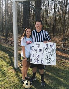 #prom #promposal #soccer #score Cute Homecoming Proposals, Homecoming Posters, Hoco Proposals, Formal Proposals, Soccer Promposals, Cute Promposals, Soccer Couples, Prom Couples, Greys Anatomy