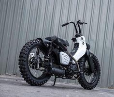 カスタムカブ:カッコよすぎて溜息しか出ない改造スーパーカブを作ったタイのバイク屋さんが、ま〜た超かっこいいオフ系カブを作ったもようです (ロケットニュース24) Bobber Motorcycle, Motorcycle Style, Hd Motorcycles, Honda Cub, Drift Trike, Honda Bikes, Mini Bike, Super Bikes, Bike Design