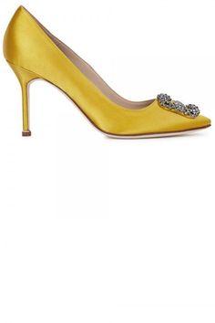 Manolo Blahnik Hangisi Canary Yellow Satin Pumps, £680 #manoloblahnikyellow #manoloblahnikhangisi