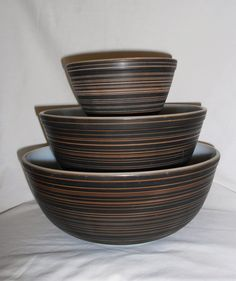 Pyrex 3 Vintage Pyrex Terra Mixing Bowls Brown and Black Stripes A Look Back at the History of Pyrex Vintage Pyrex Bowl Set Pyrex Nesting Bowls Pyrex Mixing Bowls, Pyrex Bowls, Antique Kitchen Decor, Vintage Kitchen, Toy Kitchen, Kitchen Things, Kitchen Utensils, Vintage Dishes, Vintage Pyrex