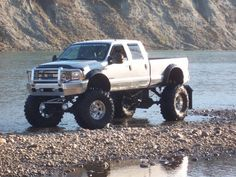 What a ride ; ).  I LOVE THIS FORD TRUCK