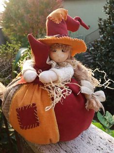 Halloween Sewing, Fall Sewing, Halloween Doll, Christmas Sewing, Fall Halloween, Halloween Crafts, Adornos Halloween, Manualidades Halloween, Felt Crafts
