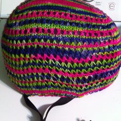 Knitted a cover for my extremely drab bike helmet!