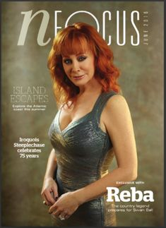 Herve Leger Sightings: Reba McEntire in the June 2016 issue of . Robert Kardashian, Khloe Kardashian, Country Female Singers, Country Music Artists, Country Music Stars, Beautiful Redhead, Beautiful Celebrities, Beautiful Women, The Simple Life