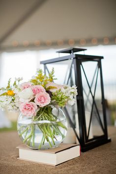 Photography: Stephie Joy Photography - stephiejoy.com Floral Design: Green Goddess Design - greengoddessdesign.biz  Read More: http://www.stylemepretty.com/southeast-weddings/2012/05/11/ponte-vedra-beach-wedding-by-stephie-joy-photography/