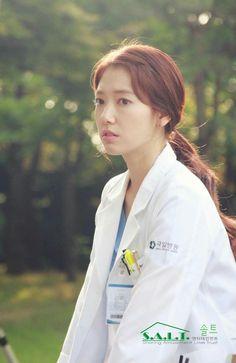 Park shin hye Park Shin Hye, Korean Drama Tv, Korean Actors, Gwangju, Lee Sung Kyung Doctors, Dr Park, I Got You Fam, Drama Film, Flower Boys