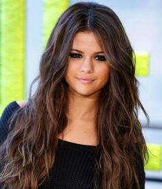 18 Selena Gomez Trendy Hairstyles Haircuts Try it Today Hair Color Dark, Blonde Color, Brown Hair Colors, Purple Hair, Hair Color Balayage, Hair Highlights, Ombre Hair, Hair Care Routine, Super Hair