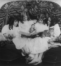 (animated stereo) Story time at the end of the Gilded age, 1901 by Thiophene_Guy, via Flickr