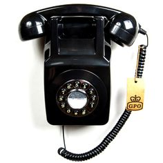 ProTelX couldn't agree more: the classic, 1970s wall-mountable GPO746 Telephone is a modern handset for indulging your vintage vices.