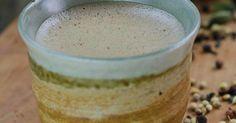 Je hebt misschien al gehoord (of gelezen) over de nieuwste gezondheid rage die rond gaat bekend als kogelvrij koffie. Als je het nog niet weet, is hier een korte samenvatting: Bedacht in 2009 door blogger Dave Asprey,kogelvrije koffie is gewoon koffie die boter toevoegt voor een nutritionele boost en calorie-punch. Zijn claim is dat deze…