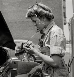 """""""Miss Natalie O'Donald service-station attendant at the Atlantic Refining Company garages."""" Medium-format negative by Jack Delano for the Office of War Information. Vintage Photographs, Vintage Photos, Retro, Photography Sites, White Photography, Working Woman, High Resolution Photos, Vintage Girls, Photo Archive"""