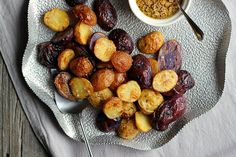Salt + Vinegar Roasted Potatoes with Turmeric Honey Mustard ⎮ happy hearted kitchen
