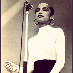 #Sade in those #Hoops & a #TurtleNeck