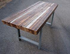 vanhasta puusta valmistetut ruokapöydät metallijalalla,, bellartin mallisto…