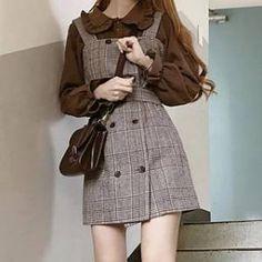 Mode Outfits, Fashion Outfits, No Ordinary Girl, Looks Kawaii, Brown Outfit, Korean Girl Fashion, Japanese Outfits, Overall Dress, Kawaii Fashion