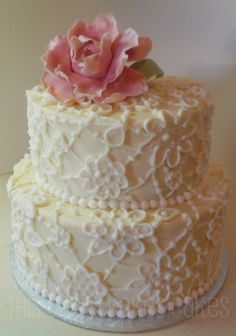 Vintage inspired wedding cake #vintage #cake #weddingcakes