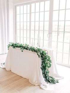 sweet heart table floral design