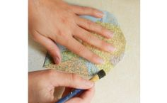 Make your own envelope glue using 4 ingredients. This looks so cool!