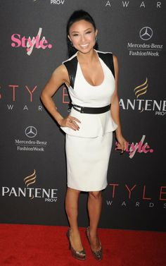 Jeannie Mai Cocktail Dress - Jeannie Mai exuded modern sophistication at the Style Awards in a low-cut white peplum dress featuring black leather panels on the shoulders. Jeannie Mai, Peplum Dress, Dress Up, Fashion Outfits, Womens Fashion, Fashion Clothes, Celebs, Celebrities, Platform Pumps