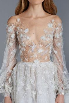 The Paolo Sebastian Spring/Summer Couture is as glorious as they come. Fall in love with aisle perfect gowns by this austrialian design house. Sexy Dresses, Prom Dresses, Formal Dresses, Stunning Dresses, Dresses Uk, Beautiful Gowns, Beautiful Bride, Beautiful Things, Evening Dresses For Weddings