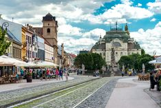 Main street of Kosice, Slovakia. Main Street, Street View, Stuff To Do, Things To Do, Bratislava Slovakia, Places To See, Cool Pictures, Cathedral, Europe