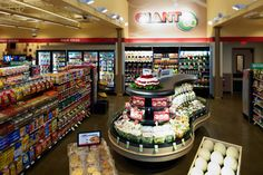 Eastern c-stores pursue shoppers tesco's fresh & easy, wal. Image Healthy Food, Healthy Meals For Two, Shop Interior Design, Store Design, Retail Design, Variety Store, Supermarket Design, Store Layout, Quick And Easy Breakfast