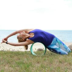 Yoga Wheels: How to Use a Yoga Wheel | Fitness Magazine