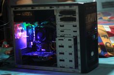 Bro Yasfi, Spesifikasi : AMD Phenom II x6 1055T | Biostar A880GU+ | Corsair Vengeance 4GB | Sapphire HD 6750 Enermax NAXN 550W | Seagate 500GB | LG DVDRW | Cooler Master Elite 343