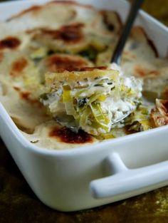 Recette - Gratin de poireaux au fromage à raclette RichesMonts - Notée 4.6/5 par les internautes