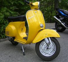 """The vbb Vespa is a four-speed, 150 cc two-stroke model, and is considered a large-frame."""