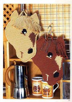 Gallery.ru / Фото #47 - Прихватки - WhiteAngel Crochet Applique Patterns Free, Hand Embroidery Patterns, Amigurumi Patterns, Crochet Cow, Crochet Animals, Crochet Hot Pads, Crochet Carpet, Crochet Decoration, Crochet Potholders