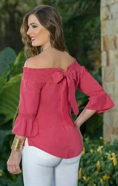 Pink blouse with bow and white pants Cut Up Shirts, Cool Outfits, Casual Outfits, Matching Couple Shirts, Outfit Trends, African Fashion, Blouse Designs, Designer Dresses, Fashion Dresses