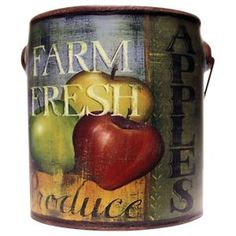 A Cheerful Giver Juicy Apples Farm Fresh Candle - 20 oz.