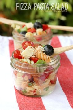 Camp Lunch - Pizza Pasta Salad camping recipes, recipes for camping #camping #recipe