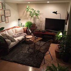 Decoration Room - Bright Idea - Home, Room, Furniture and Garden Design Ideas Living Room Colors, Home Living Room, Living Room Decor, Decor Room, Small Space Interior Design, Small Room Design, Room Interior, Interior Design Living Room, Interior Decorating