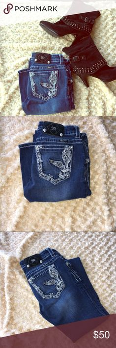 MISS ME Jeans Great Condition Size: 28. Brand miss me. Great Condition. Boot cut. Check out my closet, to BUNDLE and SAVE!! Miss Me Jeans
