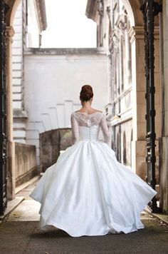 46 Best Bridal dresses images | 理想の結婚式, ウ