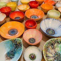 La nuit blanche - turecepcja:   Ceramics by Heesoo Lee  Heesoo Lee... Poppies For Sale, Rainbow Poppy, When You Come Home, Vintage Tableware, Flower Bowl, Ceramic Flowers, Vintage Market, Bob Dylan, Ceramic Artists