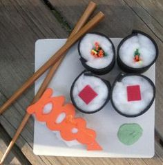 Teaching about Japan: Japanese Crafts. Make sushi art with foam and cotton wool Can use toilet paper rolls cut into rings, painted and stuffed with cotton, etc for sushi filling Around The World Theme, Kids Around The World, Japanese Culture, Japanese Art, Japanese Sushi, Japan For Kids, Restaurant Themes, Cultural Crafts, Japan Crafts