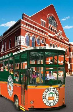 Discover the attractions of Nashville at your own speed on this hop-on hop-off trolley bus tour. Forget about driving or parking the car: Just sit back and relax, and get off and explore at any of the 15 stops.