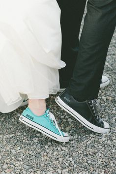 I will be sure to have this picture takeing whenever I get my wedding photos!! ((: