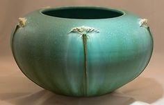 Ephraim-Faience-Pottery-Queen-Anne-039-s-Lace-Vase