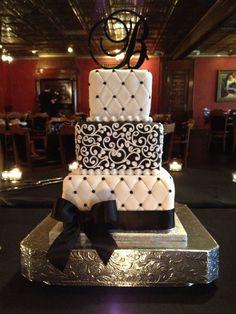 Stunning Black & White Wedding Cake. #simple #wedding #cake #event #ideas #design #inspiration #black