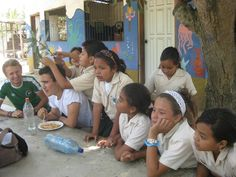 Do some teaching, Central America | Find opportunities to travel and volunteer with www.frontiergap.com | #adventure #travel
