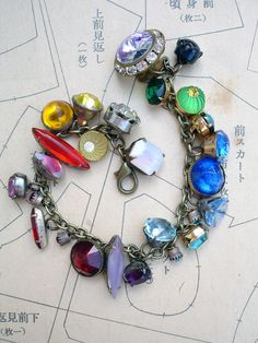 Color Wheel Vintage Colored Button Bracelet loooove!!!!