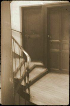 The door to Mother Marie de Gonzague's room