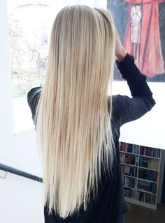 Long blonde hair. Emerald Forest with Sapayul for healthy, beautiful hair. Sulfate free shampoo products. shop at www.emeraldforestusa.com