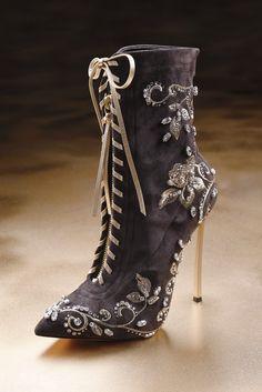 Casadei Fall 2013.  (KO). Looks like a boot Marie Antoinette would have worn. Beautiful.